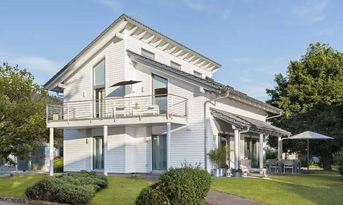 YOUNG FAMILIY HOME - Außenansicht Moderne Häuser von SchwörerHaus Modern Holz Holznachbildung
