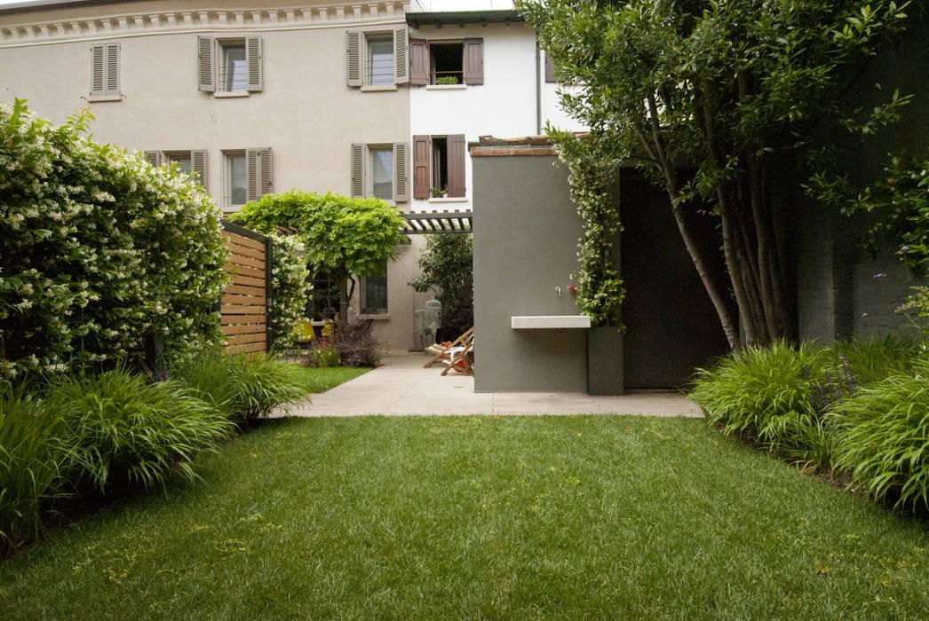 Jardin de style  par SDC-Milano, Moderne