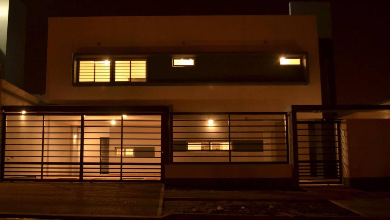 Vivienda tipo Duplex: Casas de estilo  por Alejandro Acevedo - Arquitectura,Minimalista Hormigón