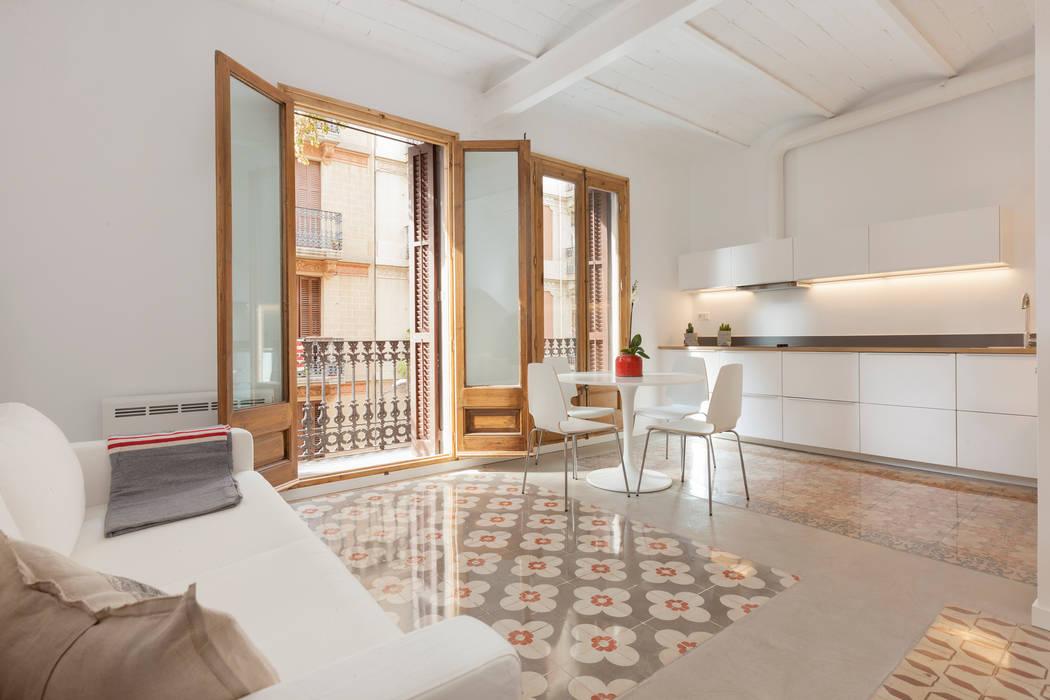 Salas / recibidores de estilo  por OAK 2000, Moderno
