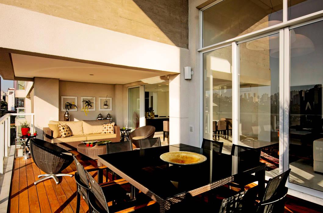 Balcon, Veranda & Terrasse modernes par Alice Martins Flávio Butti Moderne