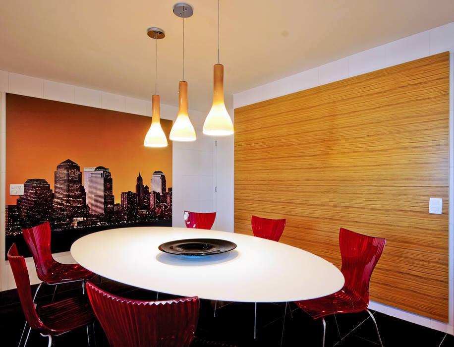 Apartamento Alto de Pinheiros Alice Martins Flávio Butti Salas de jantar modernas