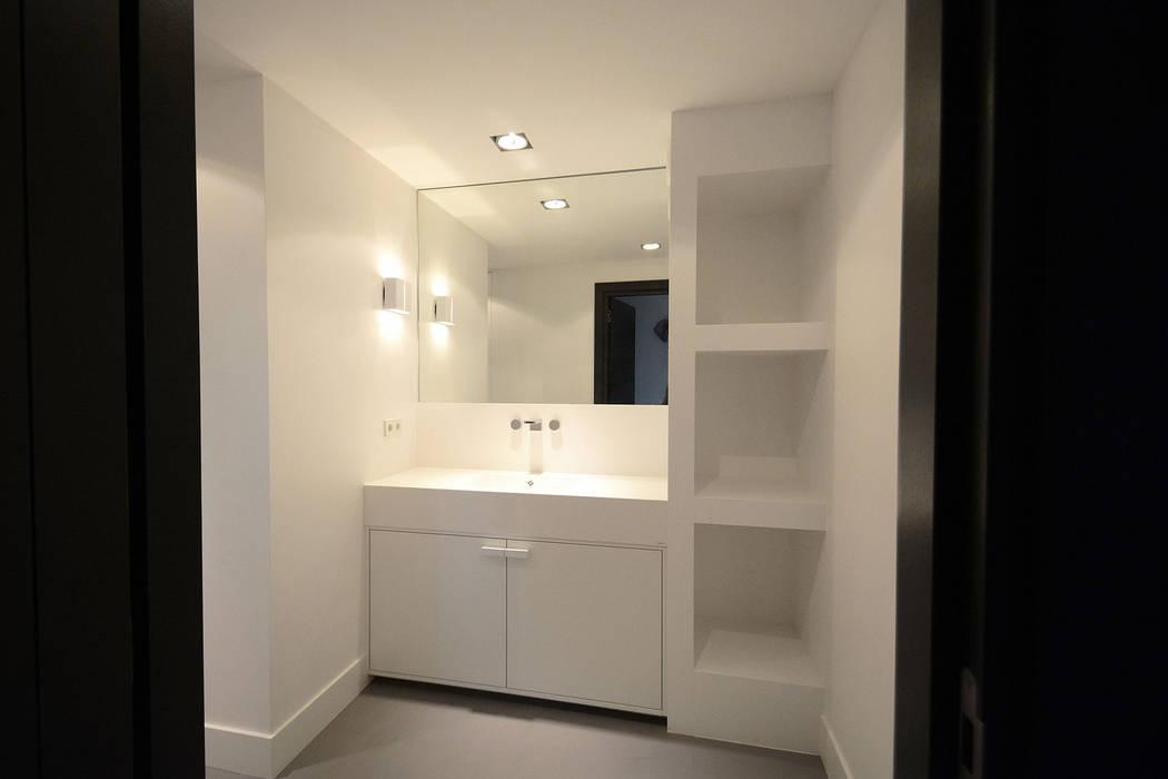 Villa t gooi moderne badkamer door ecker keukens en interieur