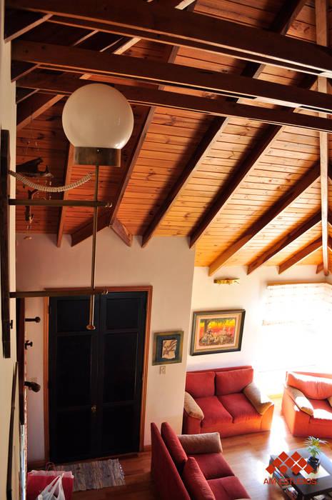 AM Estudios Rustic style balcony, veranda & terrace Solid Wood Wood effect
