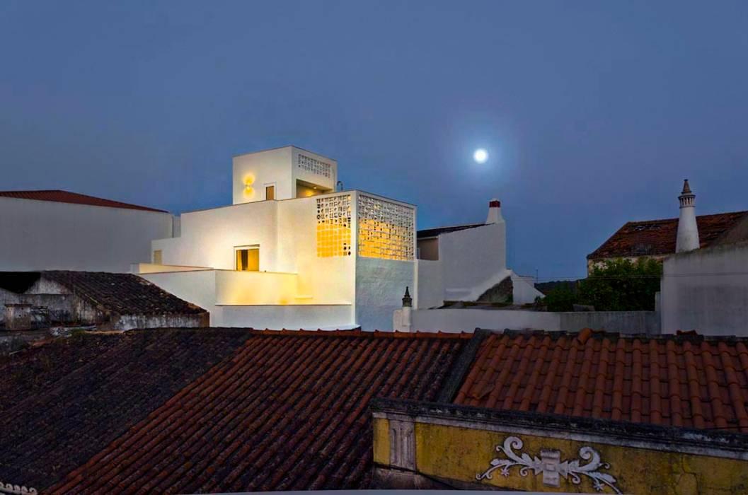 Houses by studioarte, Minimalist Reinforced concrete