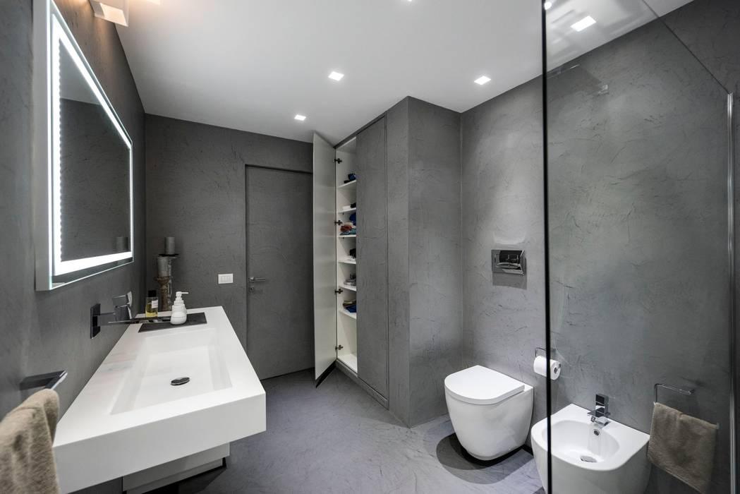 Progettare Il Bagno Di Casa : Casa e: bagno in stile in stile moderno di laboratorio di
