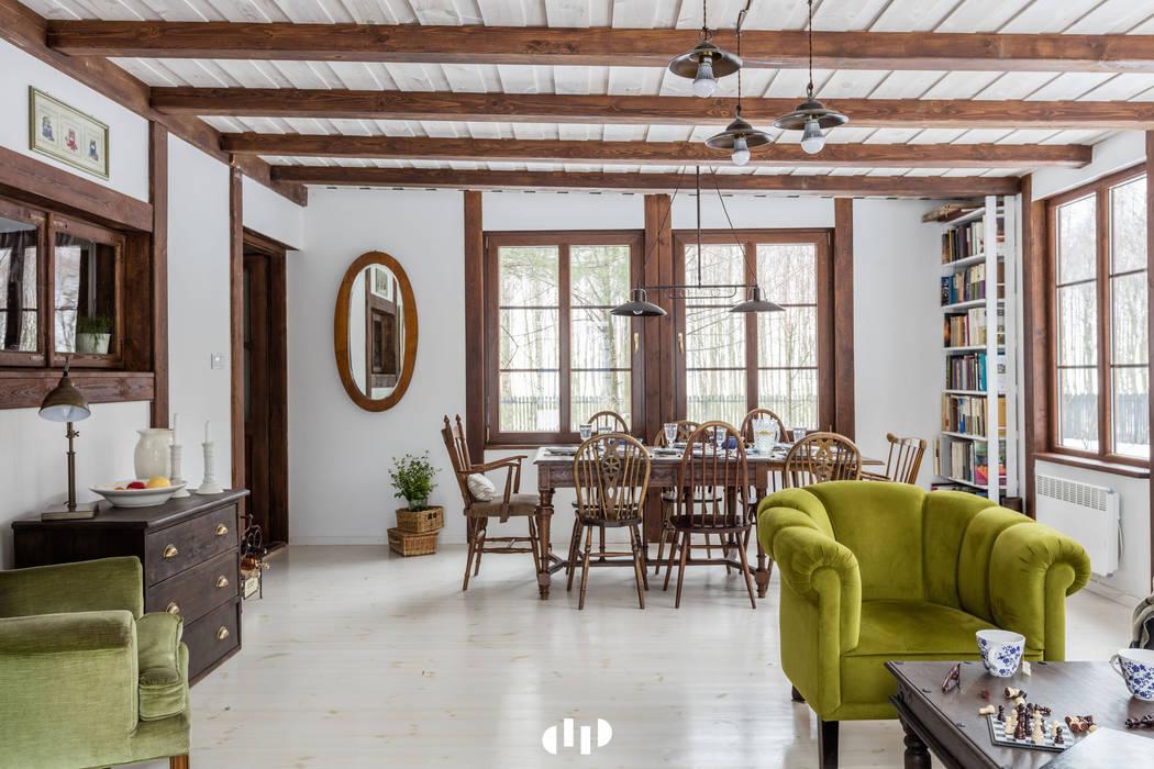 Living room by dziurdziaprojekt, Rustic Wood Wood effect