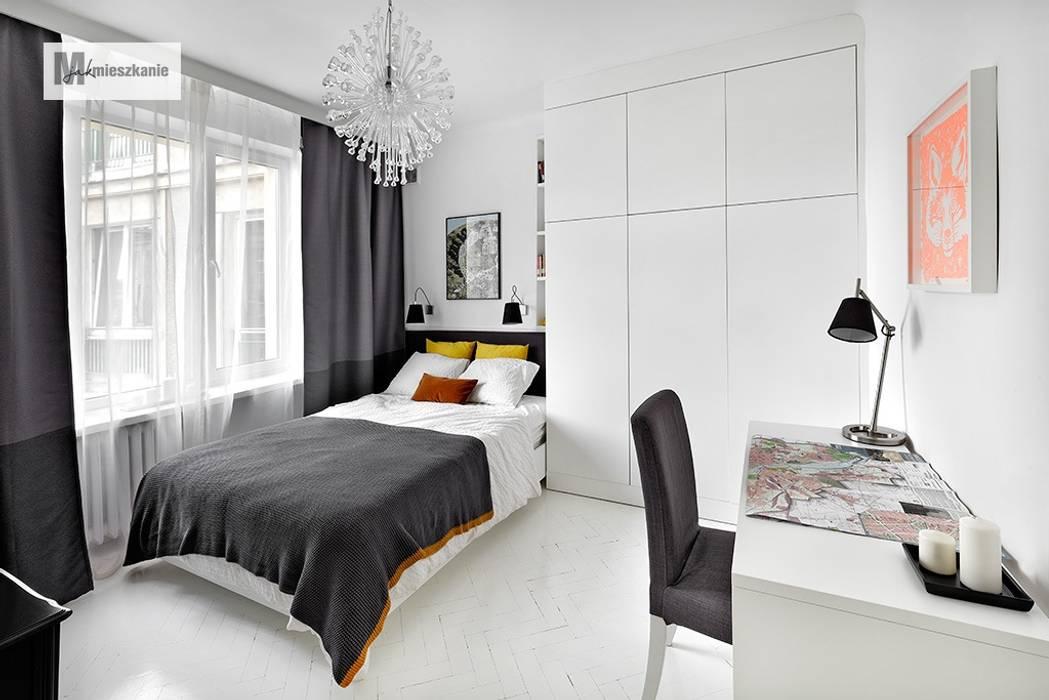 Dormitorios de estilo  por dziurdziaprojekt, Escandinavo