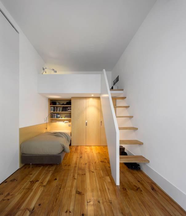 Dormitorios infantiles de estilo moderno de Alberto Caetano Moderno