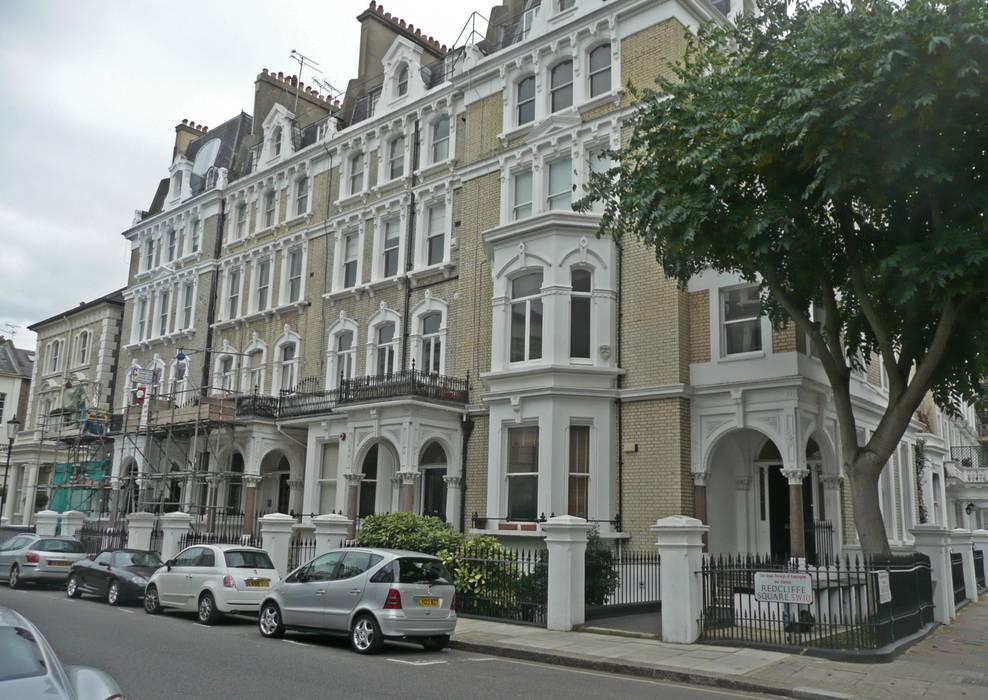 Redcliffe Square (Londra): Case in stile in stile Moderno di Alessandro Tosetti