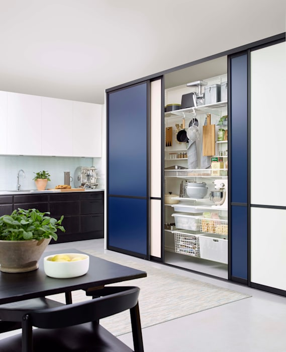 Cocinas de estilo moderno de Elfa Deutschland GmbH Moderno Tablero DM
