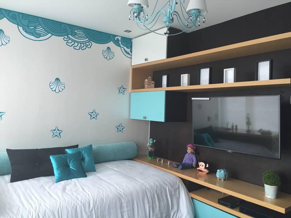 Habitación Turquesa Niña Habitaciones para niños de estilo moderno de ea interiorismo Moderno