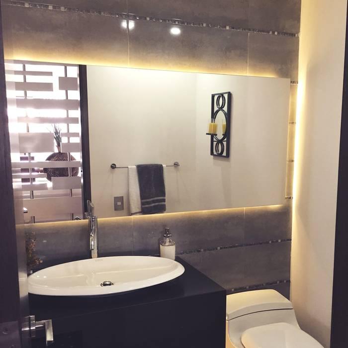 Baño Auxiliar: Baños de estilo  por ea interiorismo,