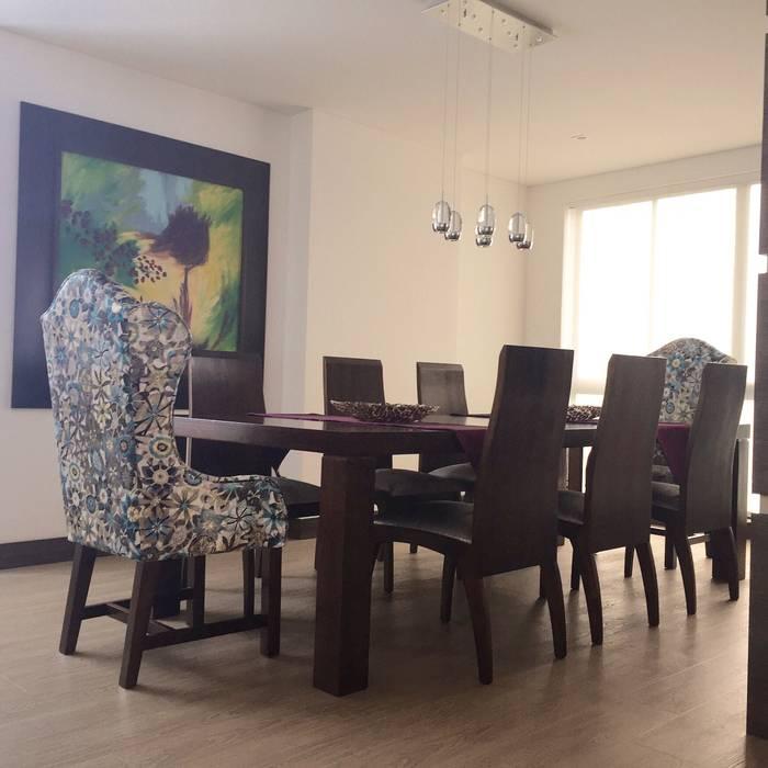 Comedor Apartamento: Comedores de estilo  por ea interiorismo