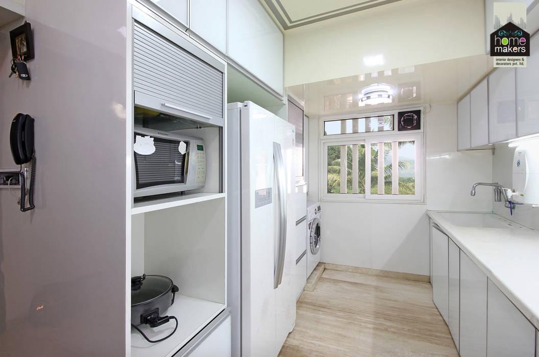 Kitchen 2: modern Kitchen by home makers interior designers & decorators pvt. ltd.
