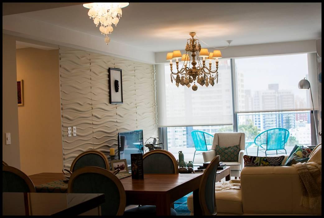 Living Comedor Torre Esmeralda: Livings de estilo  por Diseñadora Lucia Casanova
