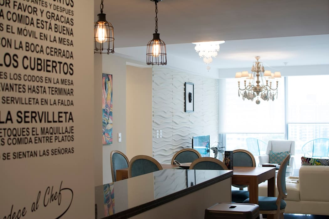 Disimulando detalles.... : Pasillos y recibidores de estilo  por Diseñadora Lucia Casanova,Ecléctico