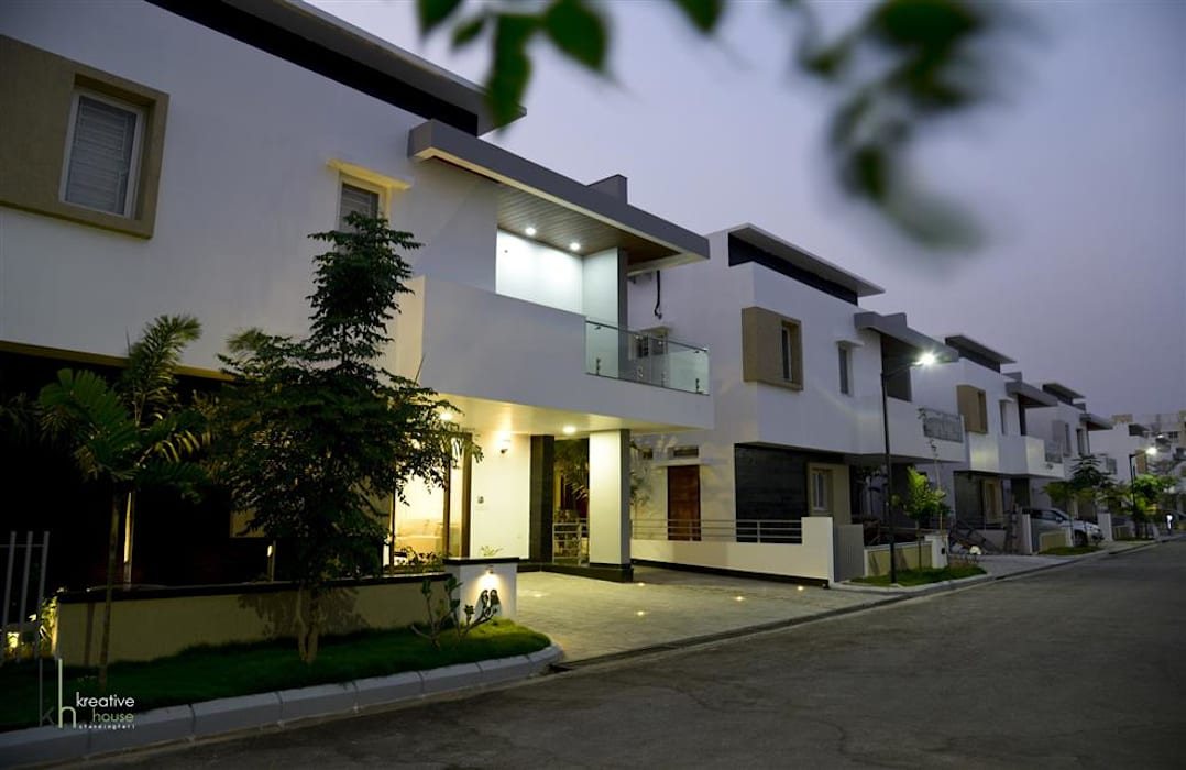 Exterior View Modern houses by KREATIVE HOUSE Modern Concrete