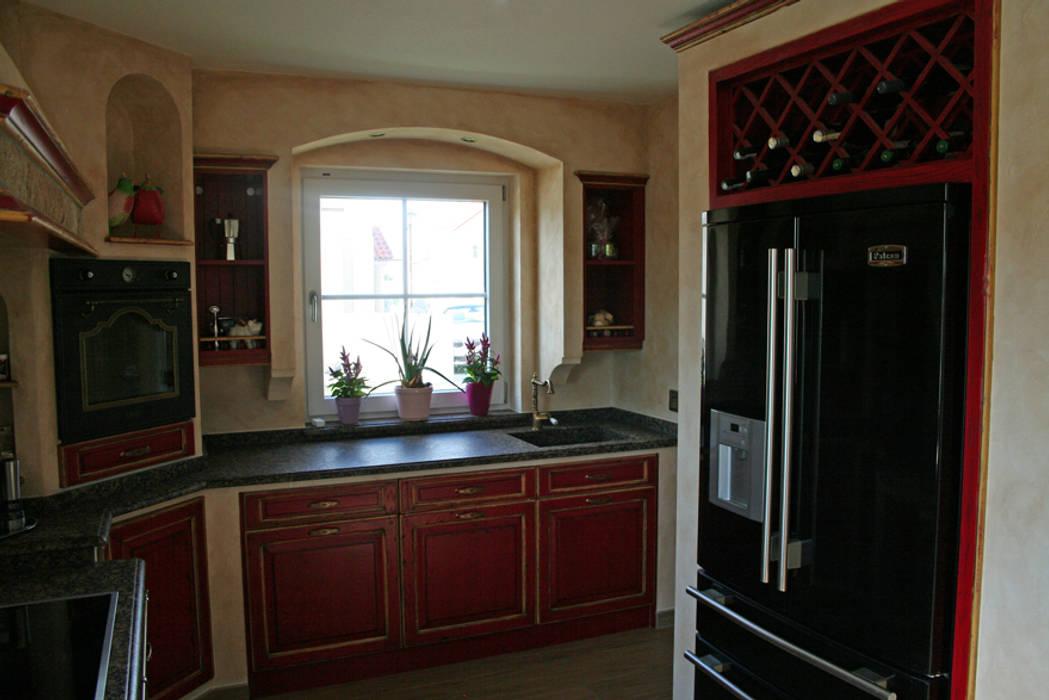 Landhausküche Mit Side By Side Kühlschrank : Gemauerte landhausküche mit side by side kühlschrank und