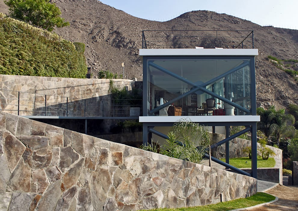 Casas modernas por NIKOLAS BRICEÑO arquitecto Moderno