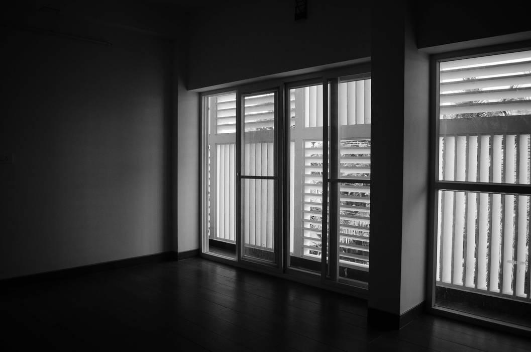 Dinding & Lantai Modern Oleh BETWEENLINES Modern
