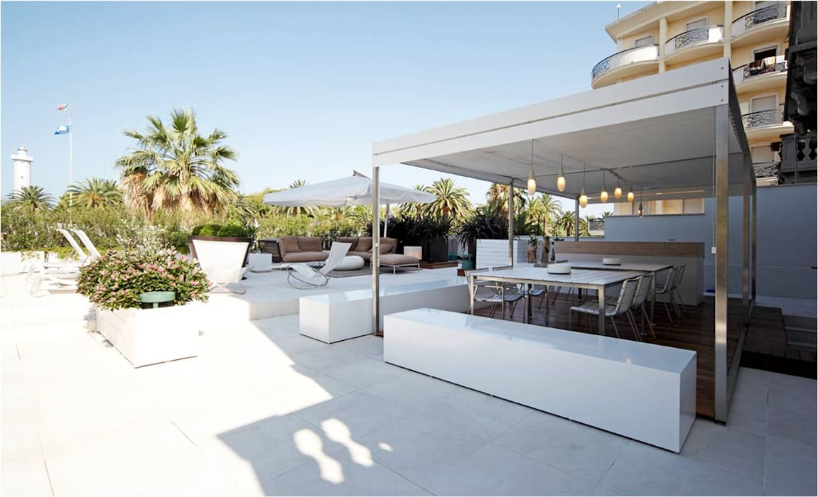 modern  oleh PATTIO Premium Outdoors, Modern