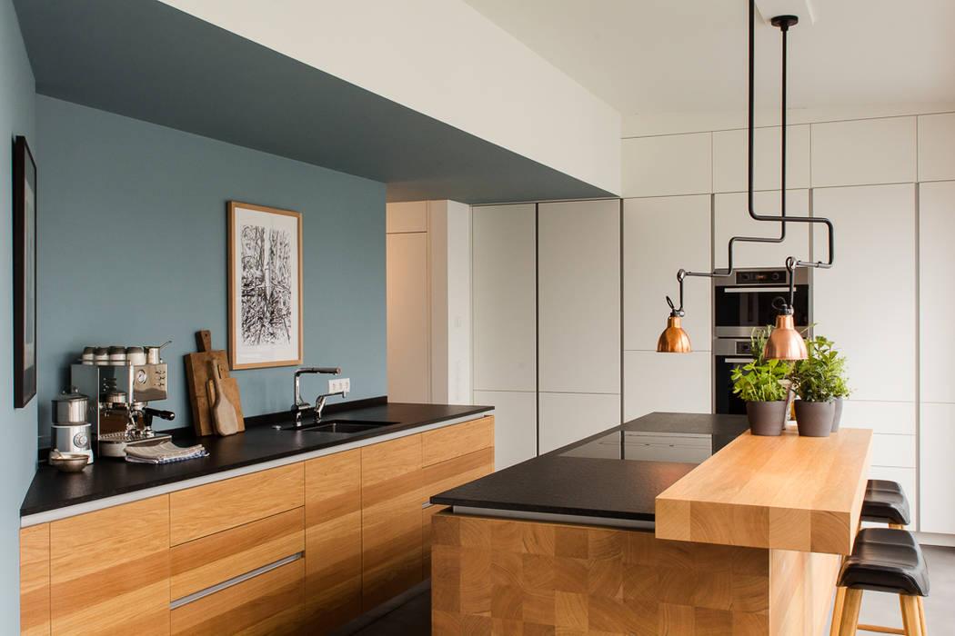 Tischlerküche in eiche und granit: küche von apm-media ...
