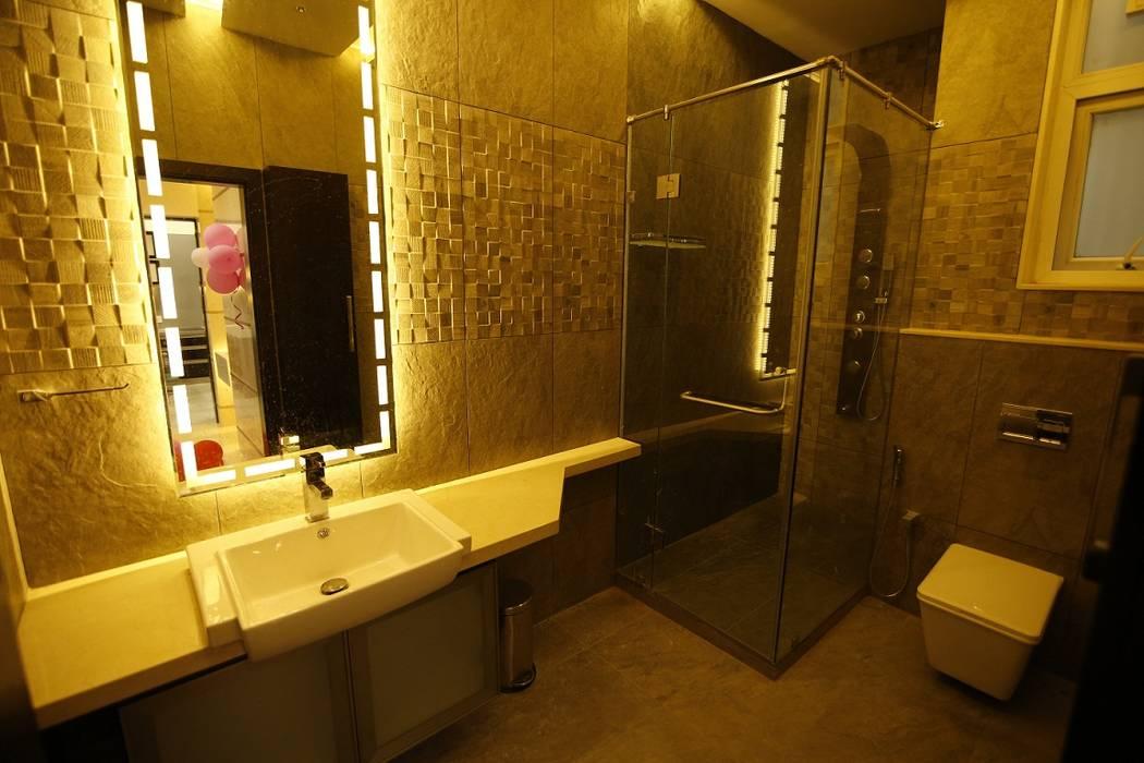 Residential interiors for Mr.Siraj at Chennai Offcentered Architects Minimalist bathroom