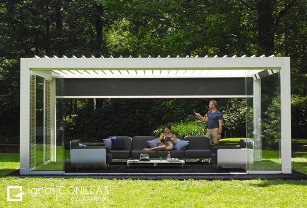 Jardines de estilo  por homify, Moderno Aluminio/Cinc