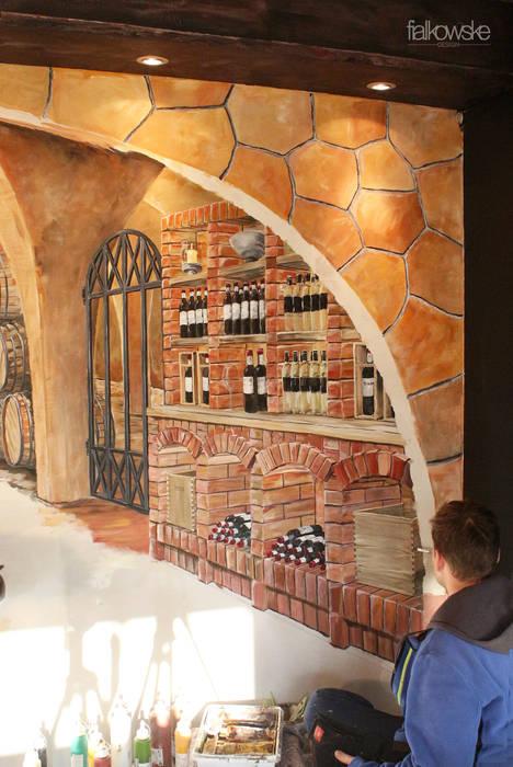 Illusionsmalerei I Wandmalerei Weinkeller im Restaurant Divino in Celle Mediterrane Weinkeller von fialkowske design Mediterran