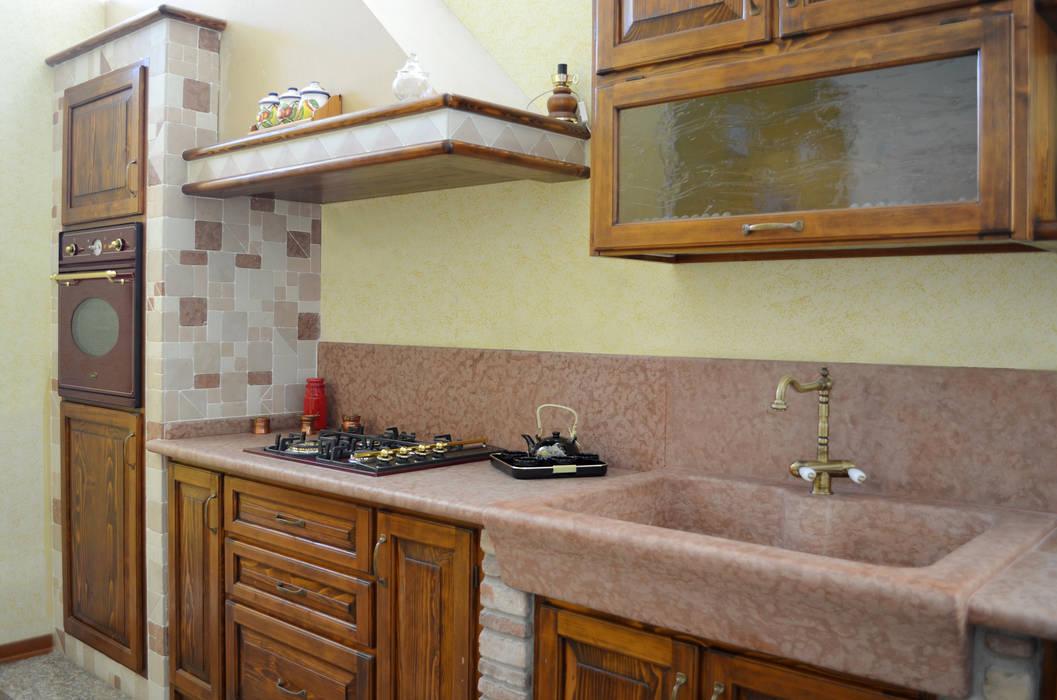 Dapur Gaya Rustic Oleh SALM Caminetti Rustic Marmer