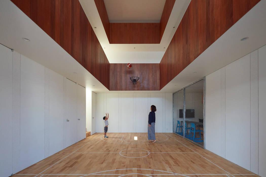 小泉設計室 Ruang Olahraga Minimalis