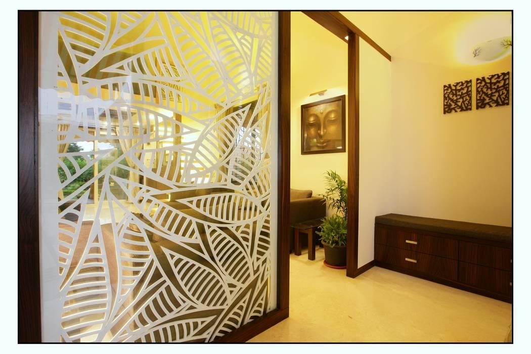 The Entry Panel Navmiti Designs Modern corridor, hallway & stairs