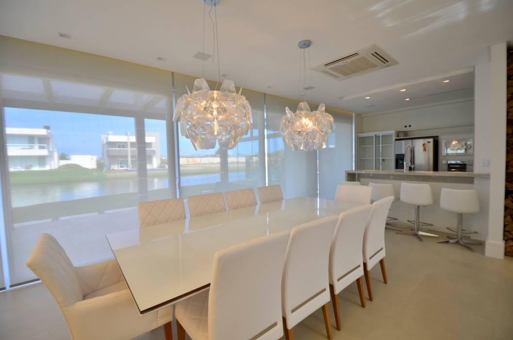 Comedores de estilo moderno de Biazus Arquitetura e Design Moderno