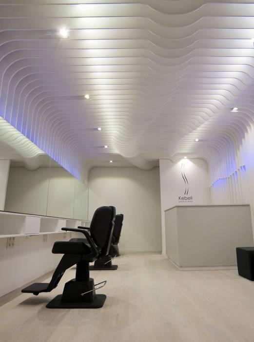 KEBELL MEN CARE Lojas e Espaços comerciais modernos por Ivo Sampaio Arquitectura Moderno MDF