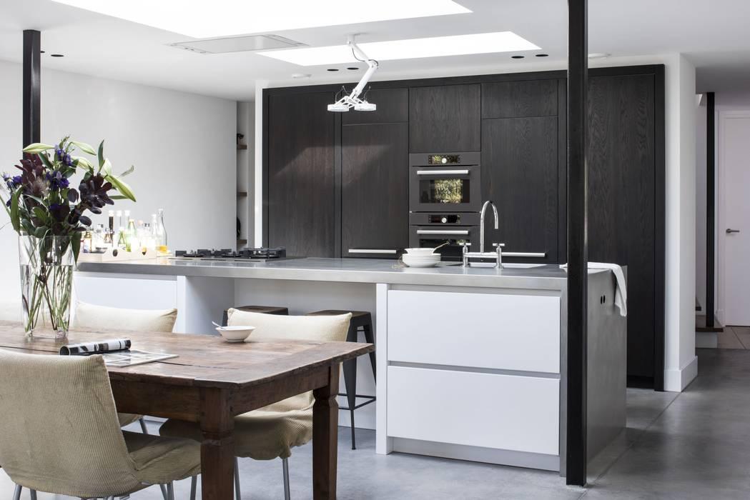 ENZO architectuur & interieur Кухня