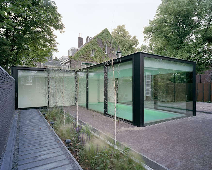 Poolhouse Maastricht:  Zwembad door bv Mathieu Bruls architect,