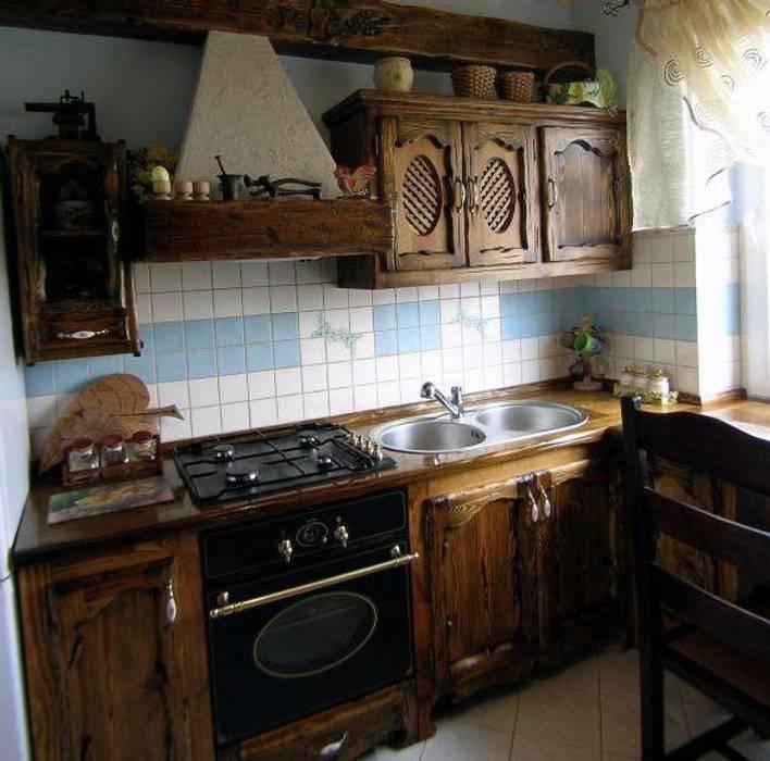 Кухни в . Автор – Revia Meble i drzwi z litego dębu.