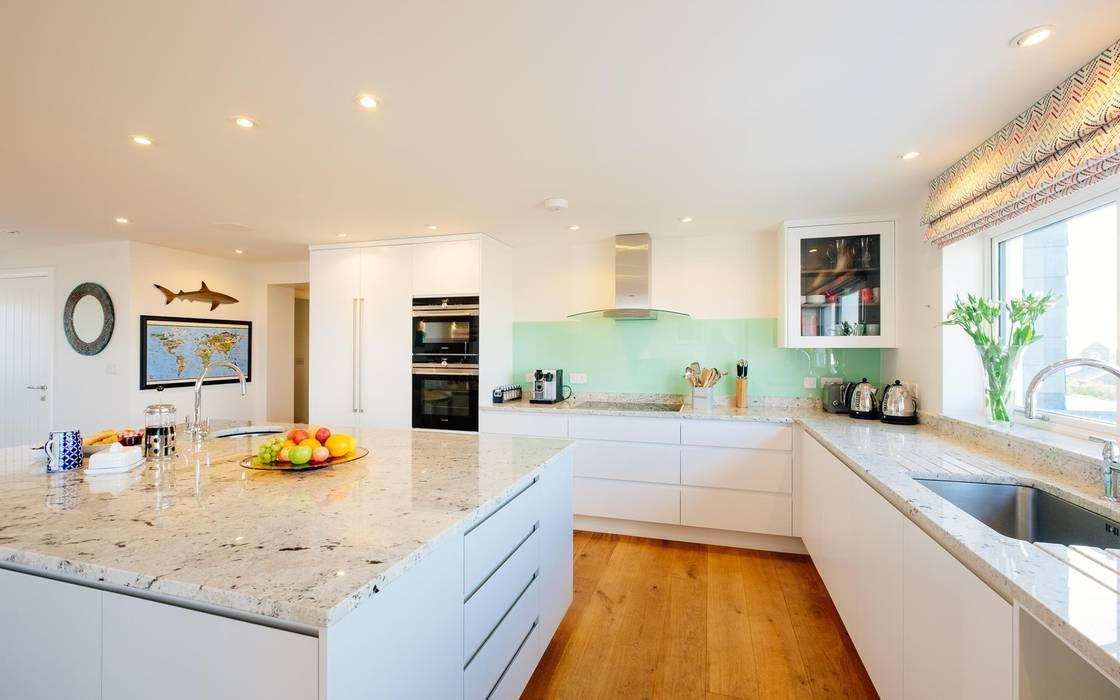 Kitchen :  Kitchen by Perfect Stays