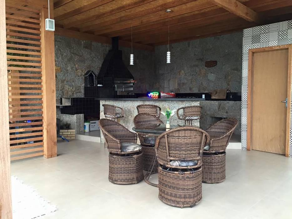 Espaço Gourmet: Terraços Por Up Decor Interiores