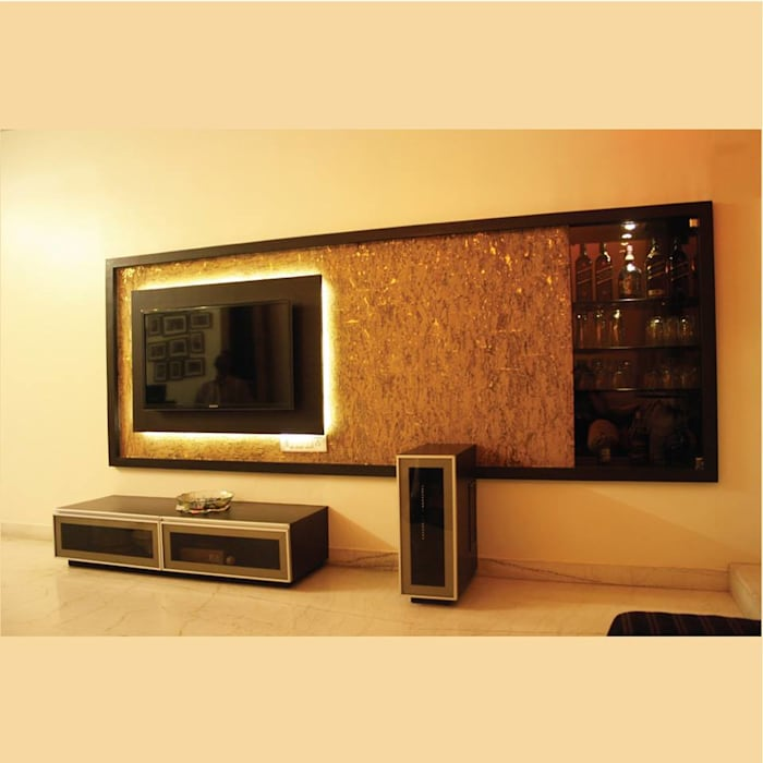 Best of Two Worlds...!!! Modern living room by Neha Changwani Modern