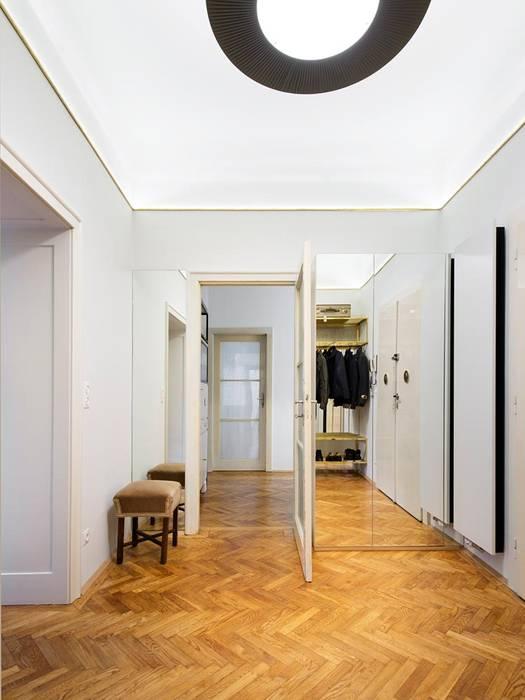 Wohnung s – entrée moderner flur, diele & treppenhaus von ...