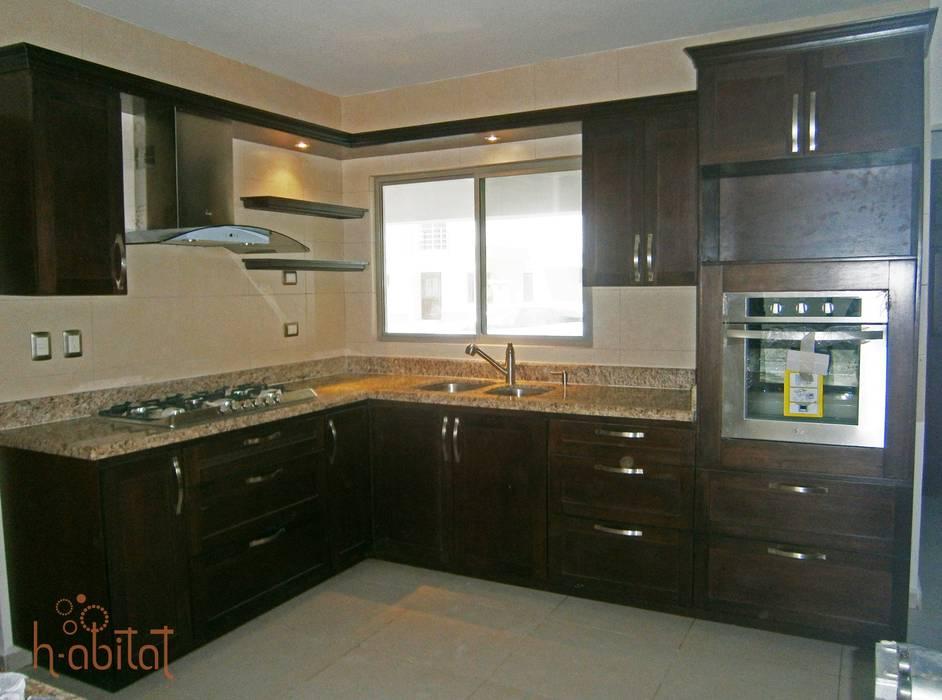 Modern kitchen by H-abitat Diseño & Interiores Modern Wood Wood effect