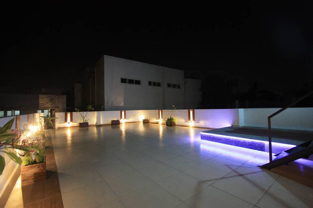 Terrace:  Terrace by Ansari Architects