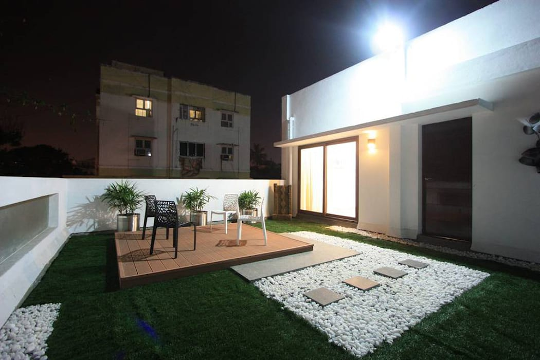 Landscaped terrace:  Terrace by Ansari Architects