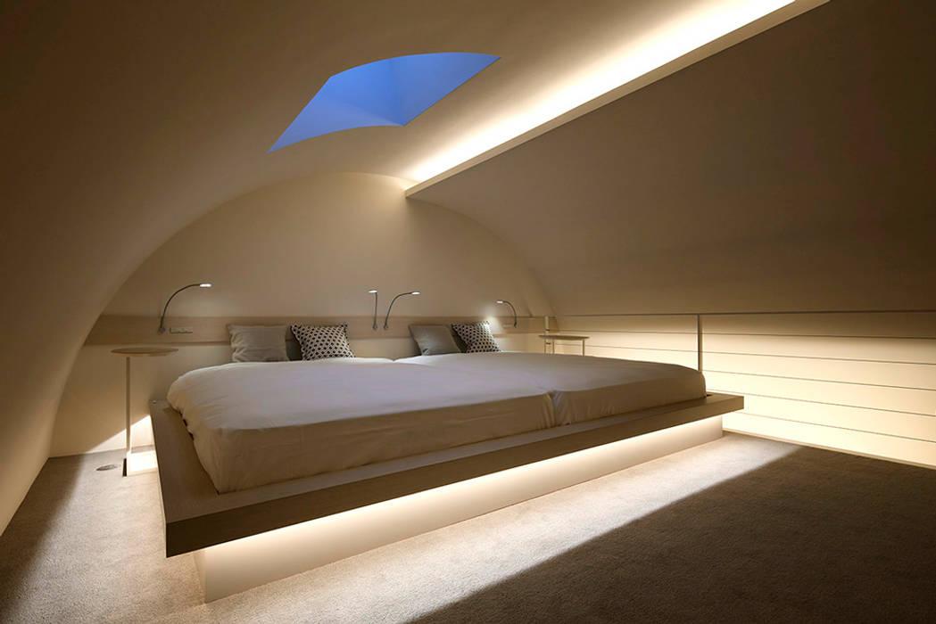 人形町の家: 藤村デザインスタジオ / FUJIMURA DESIGIN STUDIOが手掛けた寝室です。