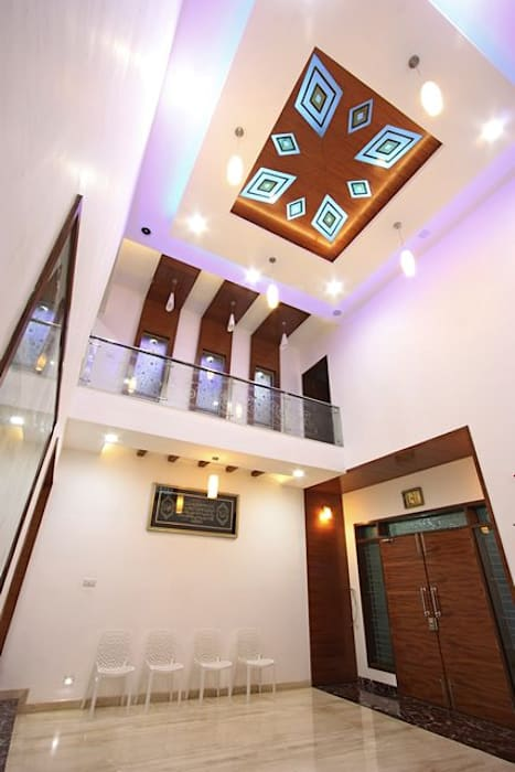 False ceiling:  Living room by Ansari Architects