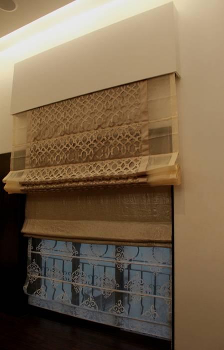Posh Parare Pintu & Jendela Modern Oleh TRINITY DESIGN STUDIO Modern