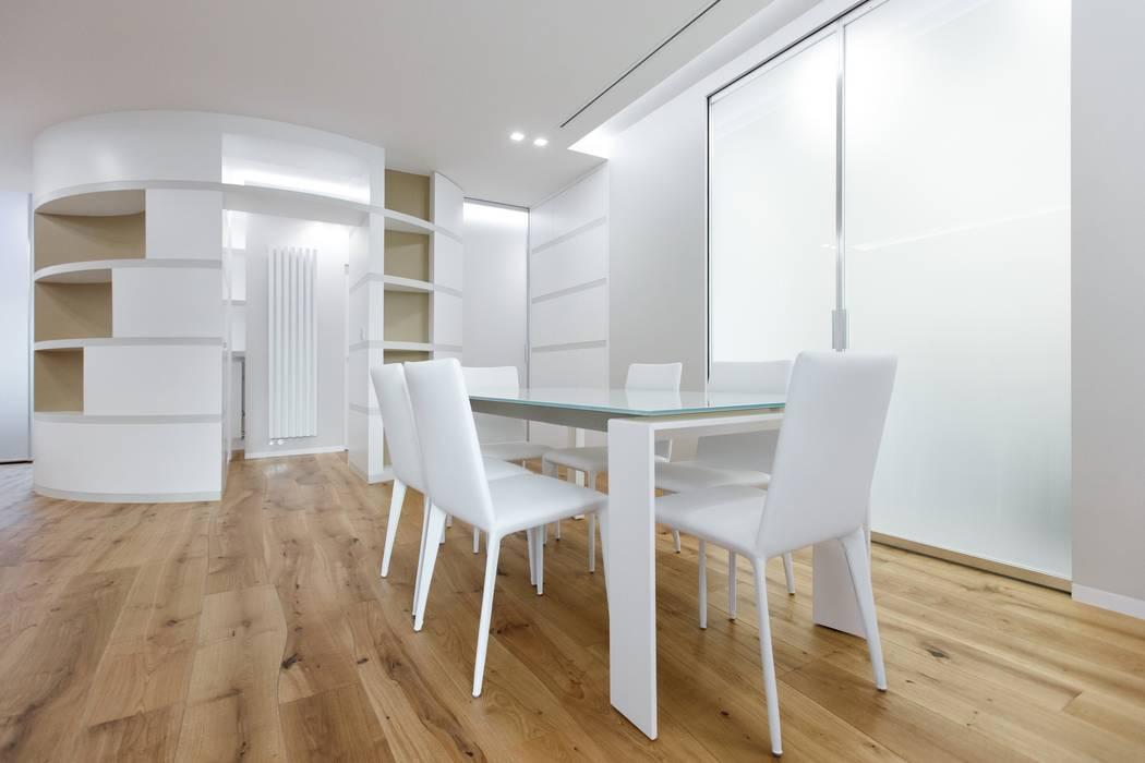 Casa - studio sala da pranzo moderna di archilab ...