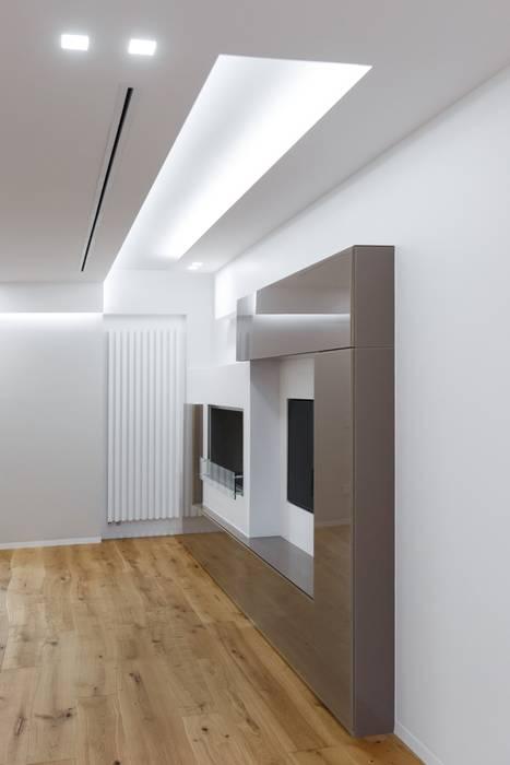 Salon de style  par ARCHILAB architettura e design, Moderne